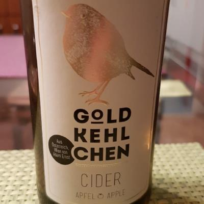 picture of Goldkehlchen Apfel apple submitted by Chelina