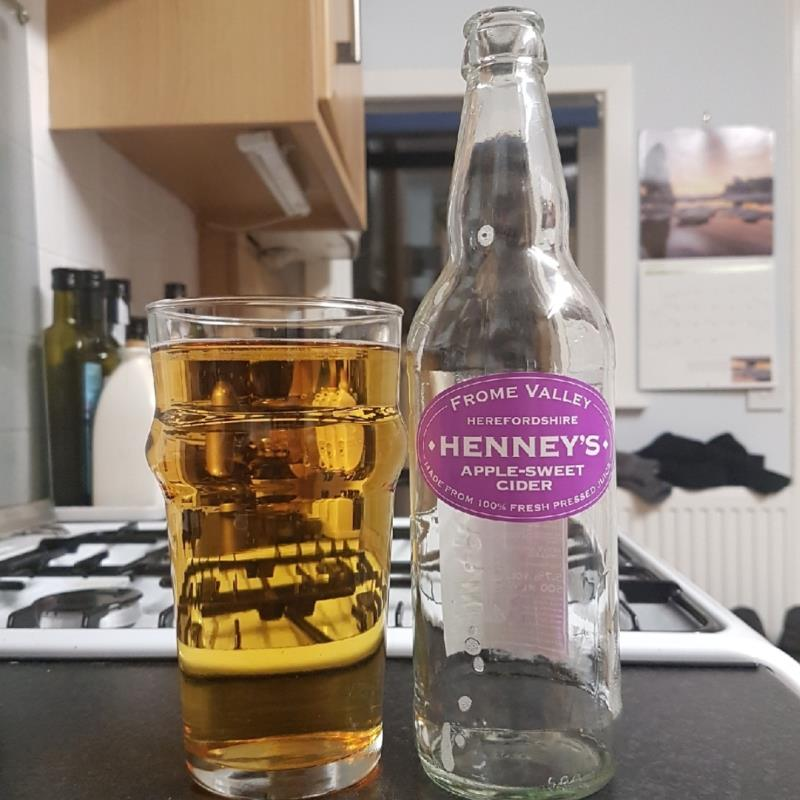 picture of Henney's Cider Company Apple-Sweet submitted by BushWalker