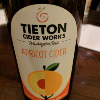 picture of Tieton Cider Works Apricot submitted by herharmony23