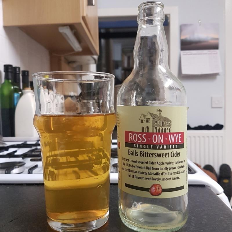 picture of Ross-on-Wye Cider & Perry Co Balls Bittersweet submitted by BushWalker