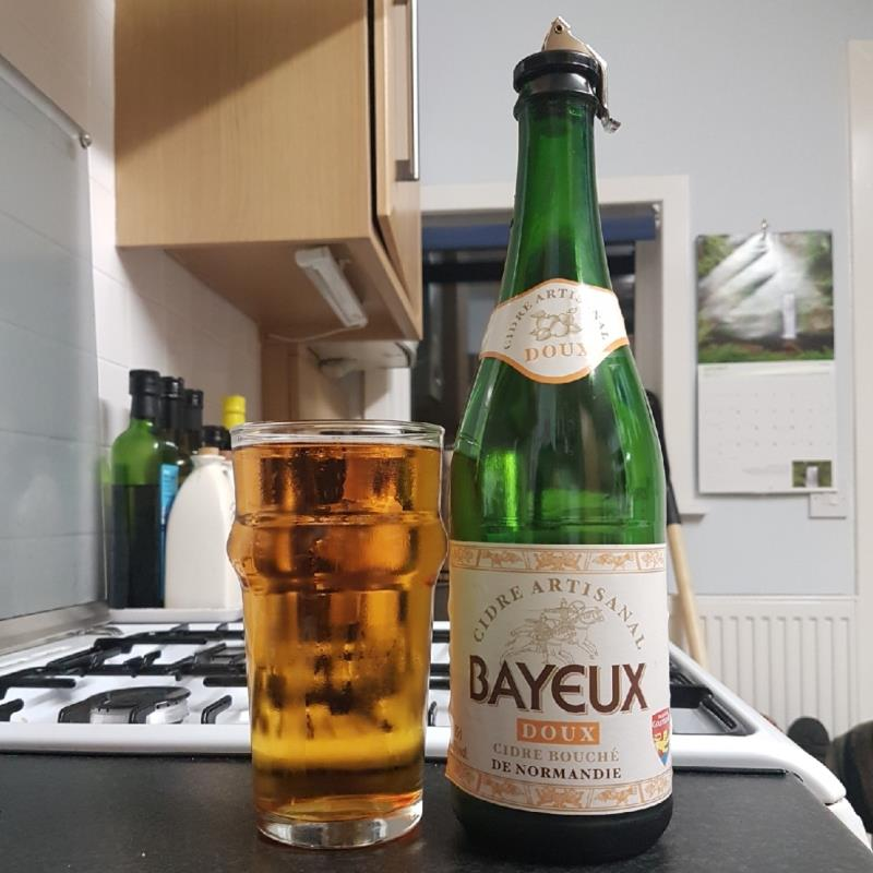 picture of Cidrerie Viard Bayeux Doux Cidre Bouche submitted by BushWalker