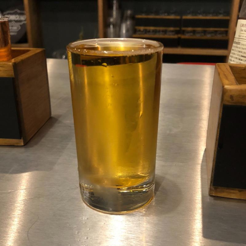 picture of Jersey Cider Works Black Tea + Lemon submitted by Kwstill
