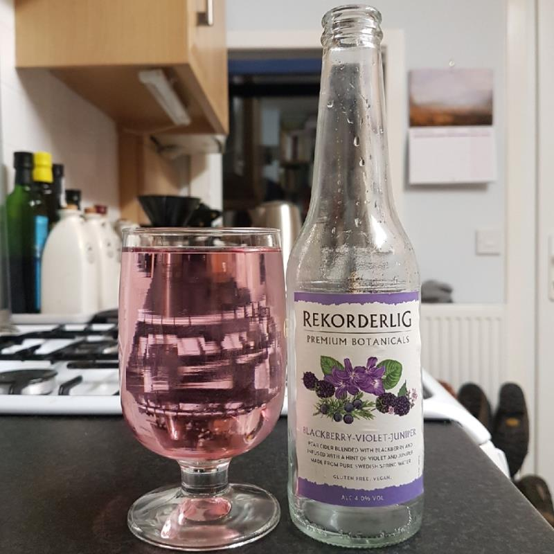 picture of Rekorderlig Swedish Cidery Botanicals - Blackberry/Violet/Juniper submitted by BushWalker