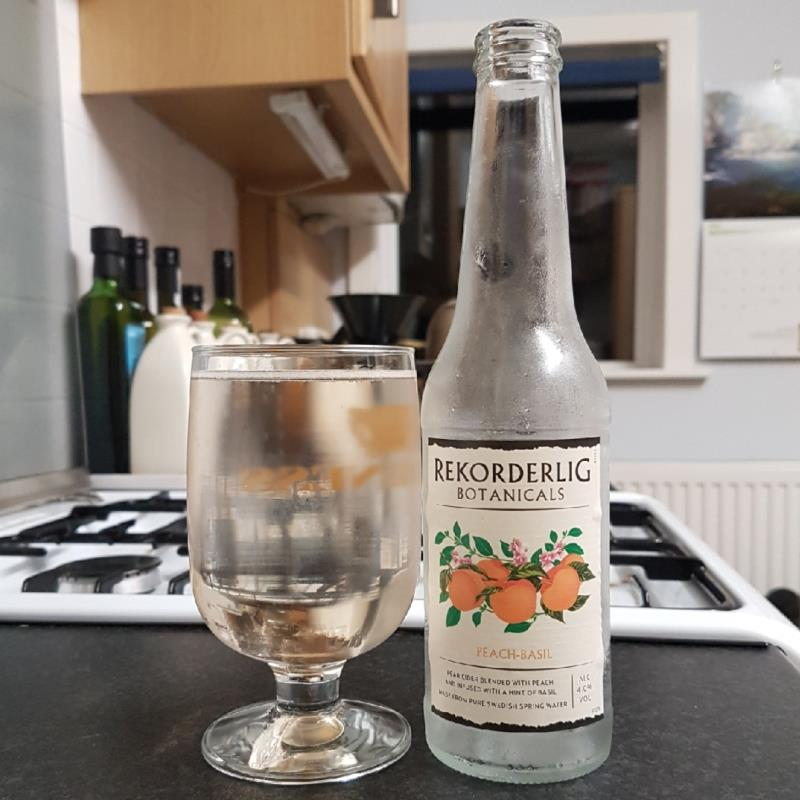 picture of Rekorderlig Swedish Cidery Botanicals - Peach & Basil submitted by BushWalker