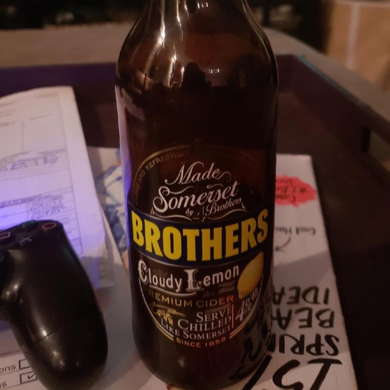 picture of Brothers Drinks Company Brothers Cloudy Lemon submitted by AlwaysTheVillian