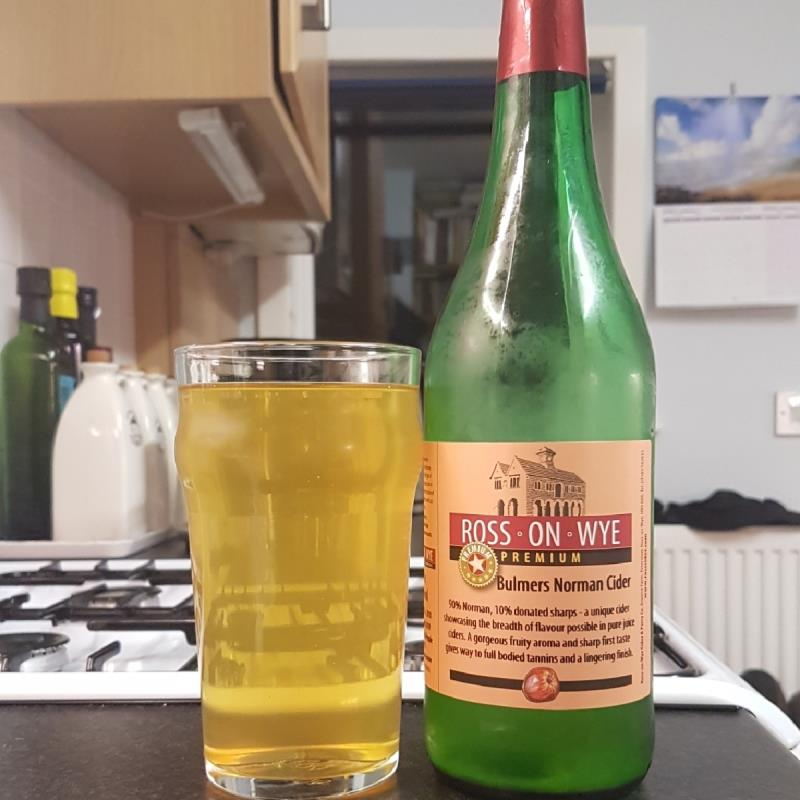 picture of Ross-on-Wye Cider & Perry Co Bulmers Norman submitted by BushWalker
