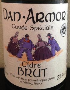 picture of Dan Armor Cuvée Spéciale Cidre Brut submitted by cidersays