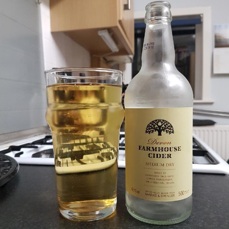 picture of Sandford Orchards Devon Farmhouse Cider submitted by BushWalker