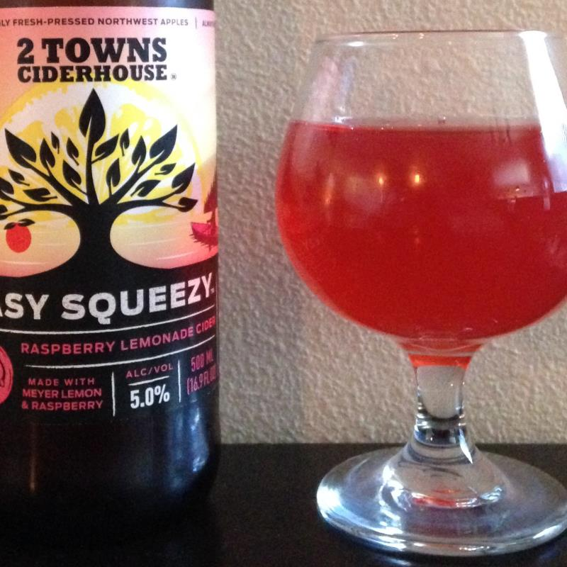 picture of 2 Towns Ciderhouse Easy Squeezy submitted by cidersays