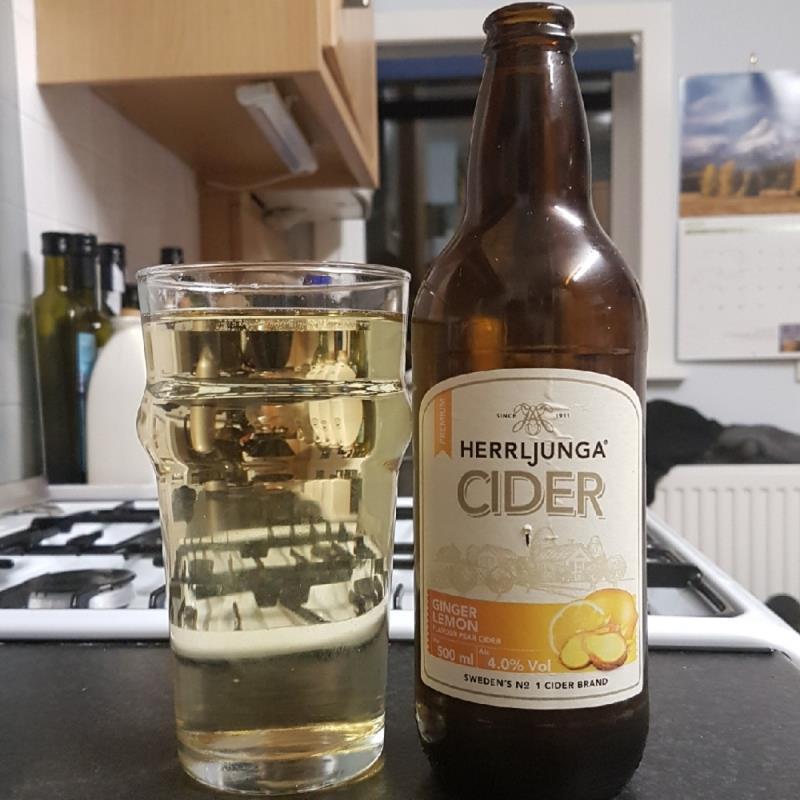 picture of Herrljunga Cider Ginger & Lemon submitted by BushWalker