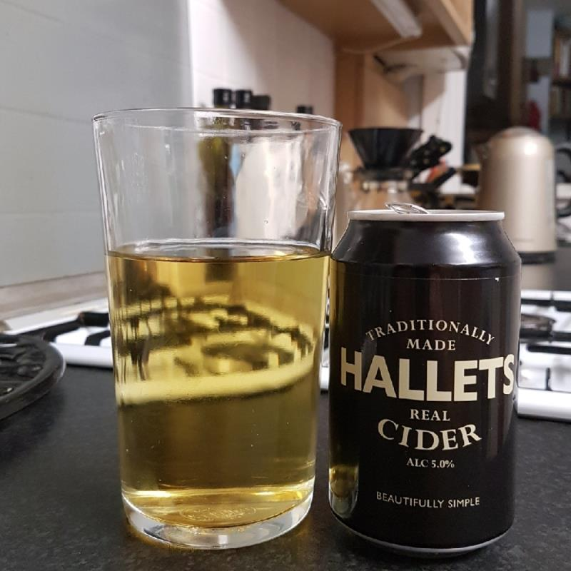 picture of Hallets Real Cider Hallet Real Cider - non-draught submitted by BushWalker