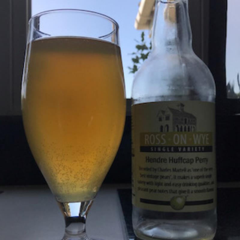 picture of Ross-on-Wye Cider & Perry Co Hendre Huffcap Perry 2018 submitted by Judge