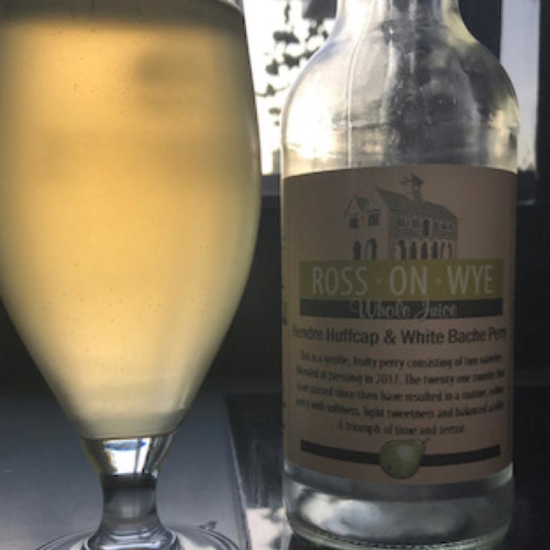 picture of Ross-on-Wye Cider & Perry Co Hendre Huffcap & White Bache Perry submitted by Judge