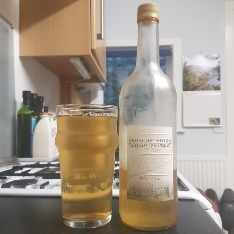 picture of Oliver's Cider and Perry Herefordshire Farmhouse Perry submitted by BushWalker
