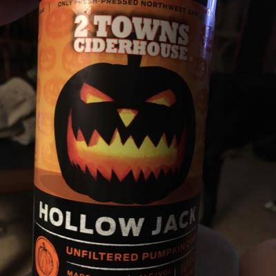 picture of 2 Towns Ciderhouse Hollow Jack (Limited Release) submitted by lizsavage