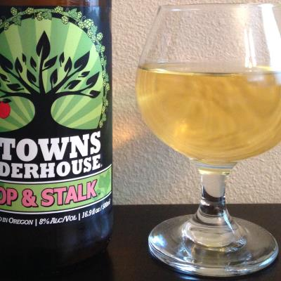 picture of 2 Towns Ciderhouse Hop & Stalk submitted by cidersays