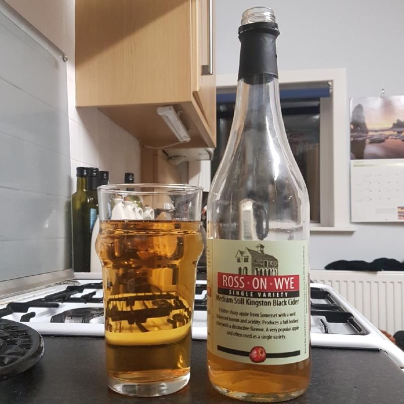 picture of Ross-on-Wye Cider & Perry Co Medium Still Kingston Black submitted by BushWalker
