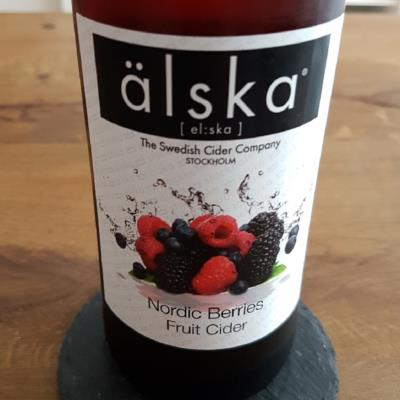 picture of alska : The Swedish Cider Company Älska Nordic Berries submitted by Chelina