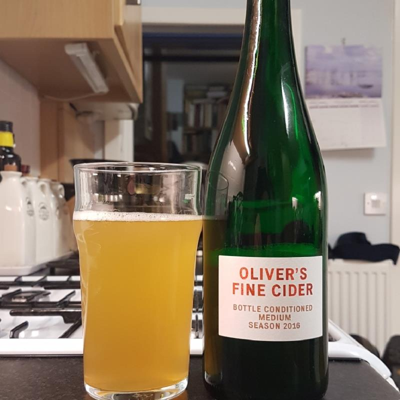 picture of Oliver's Cider and Perry Oliver's Fine Cider  B/C Medium 2016 submitted by BushWalker