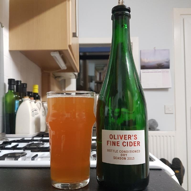 picture of Oliver's Cider and Perry Oliver's Fine Cider Dry 2013 submitted by BushWalker