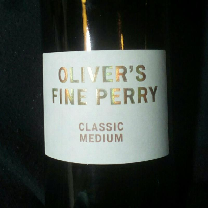 picture of Oliver's Cider and Perry Oliver's Fine Perry Classic Medium submitted by pubgypsy