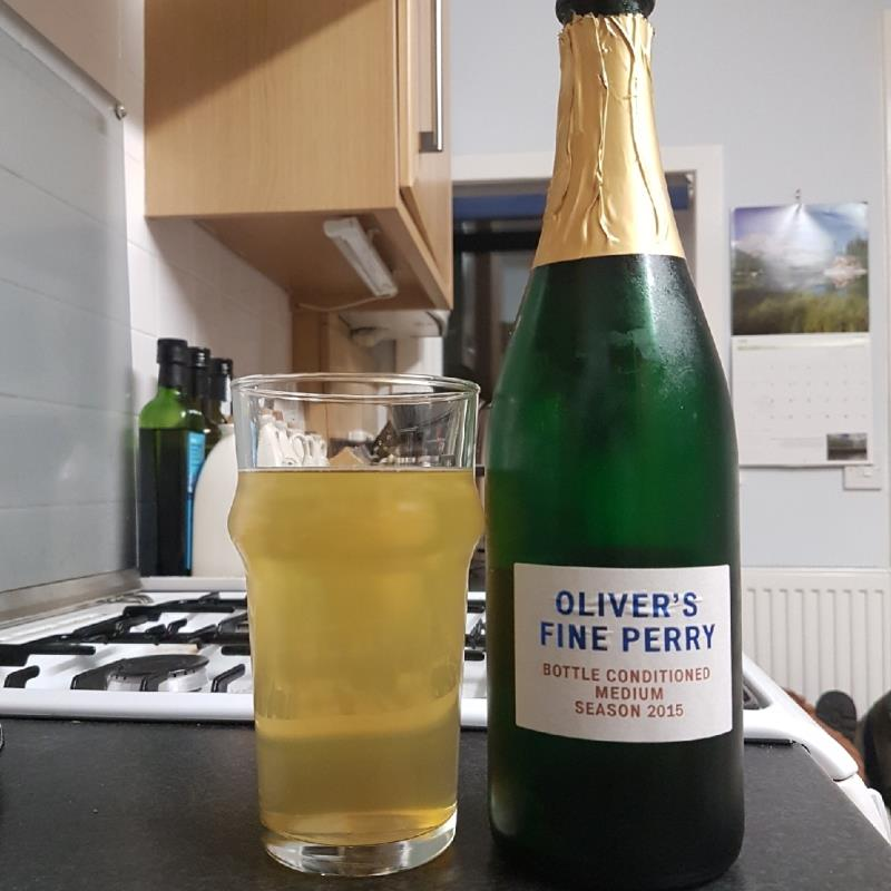 picture of Oliver's Cider and Perry Oliver's Fine Perry Medium 2015 submitted by BushWalker