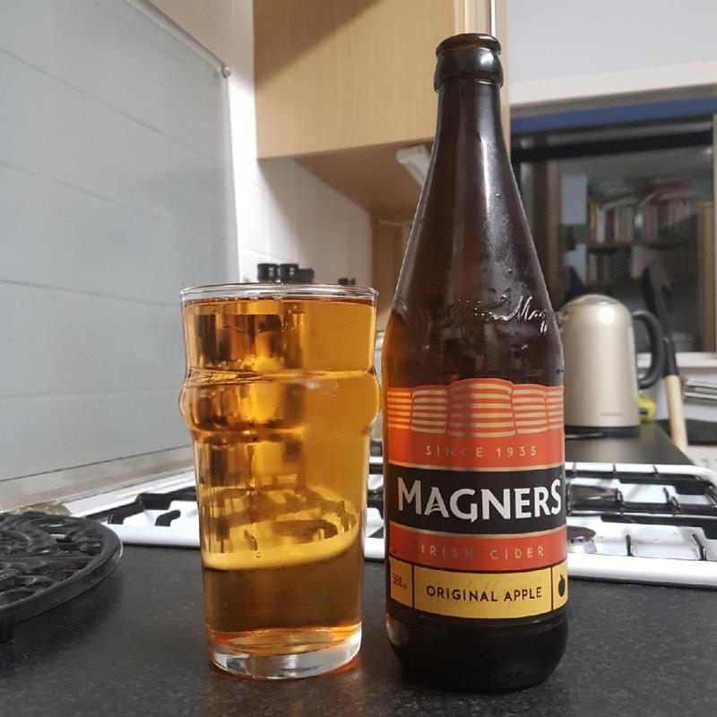 picture of Magners Cider Original Apple submitted by BushWalker
