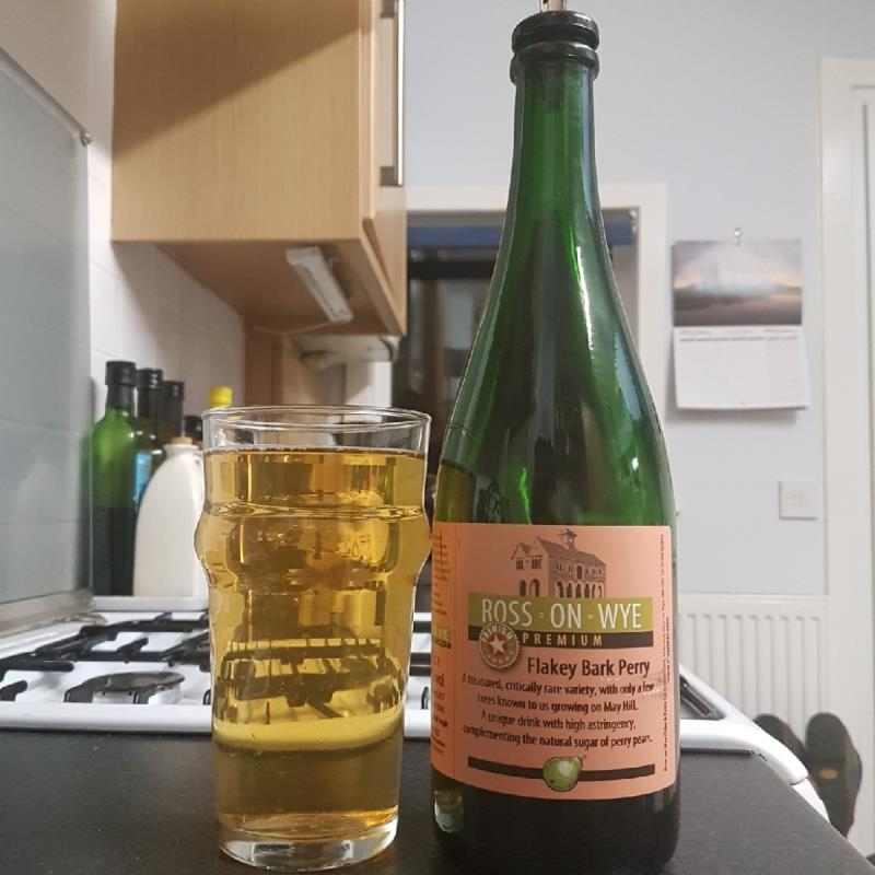 picture of Ross-on-Wye Cider & Perry Co Premium Flakey Bark Perry submitted by BushWalker