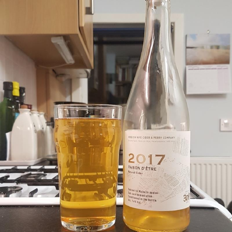 picture of Ross-on-Wye Cider & Perry Co Raison d'Etre 2017 submitted by BushWalker
