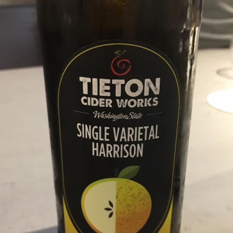 picture of Tieton Cider Works Single Varietal Harrison submitted by kiyose