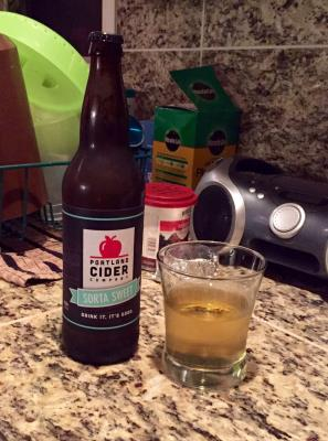 picture of Portland Cider Co. Sorta Sweet submitted by herharmony23