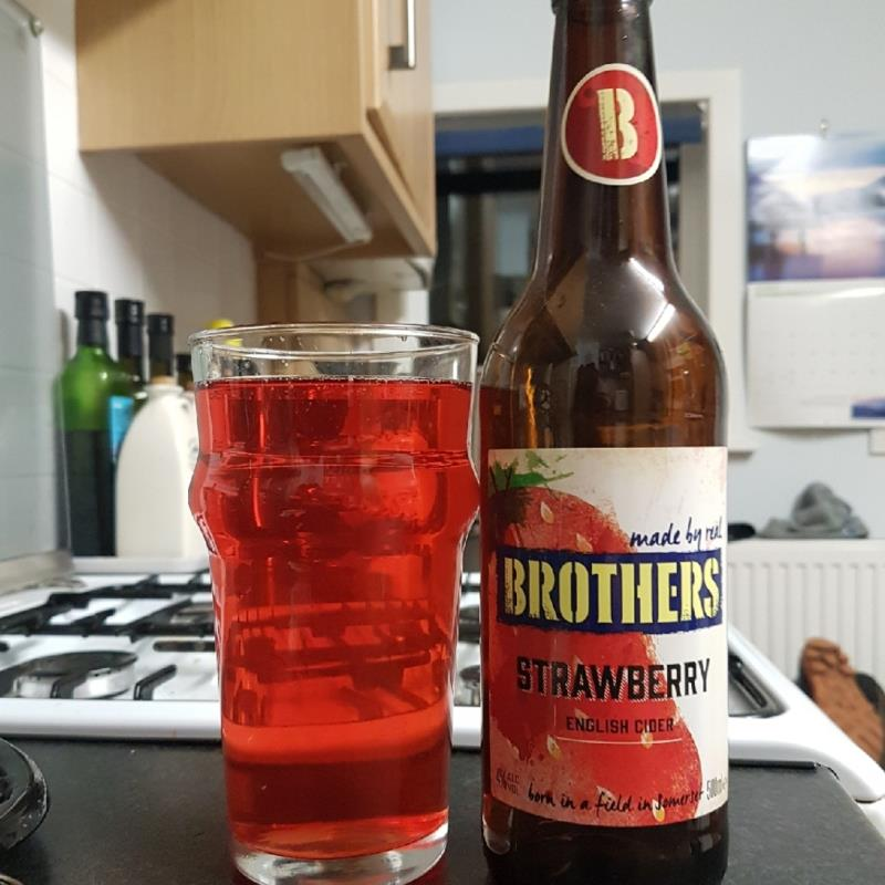 picture of Brothers Drinks Company Strawberry submitted by BushWalker