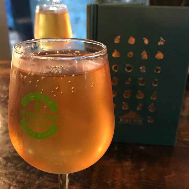 picture of Nine Pin Ciderworks Strawberry Sour submitted by noses