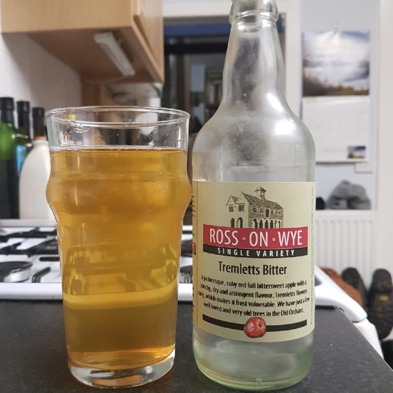 picture of Ross-on-Wye Cider & Perry Co Tremlett's Bitter submitted by BushWalker