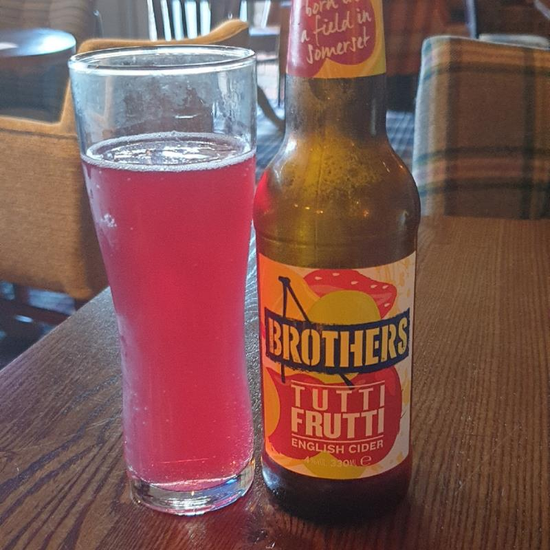 picture of Brothers Drinks Company Tutti Frutti submitted by IanWhitlock