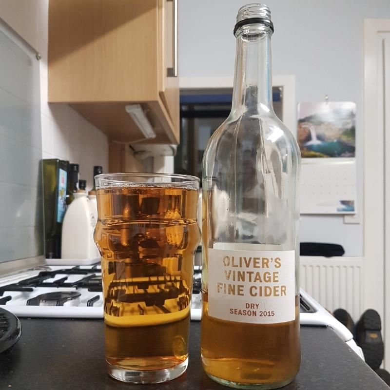 picture of Oliver's Cider and Perry Vintage Fine Cider Dry 2015 submitted by BushWalker