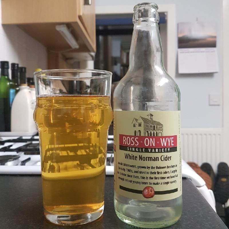 picture of Ross-on-Wye Cider & Perry Co White Norman submitted by BushWalker