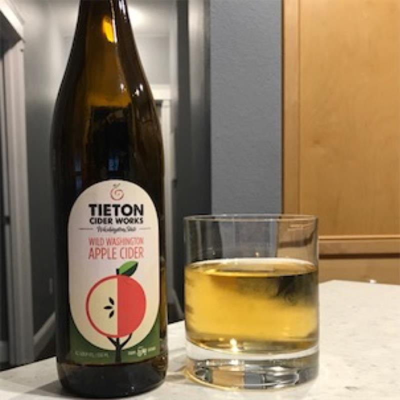 picture of Tieton Cider Works Wild Washington Apple submitted by Hillary