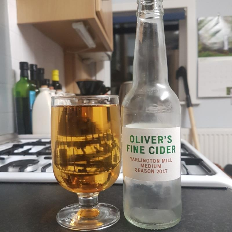 picture of Oliver's Cider and Perry Yarlington Mill Medium 2017 submitted by BushWalker